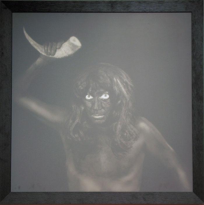 mam autoportrait tirage encres pigmentes sous verre dpoli avec gris